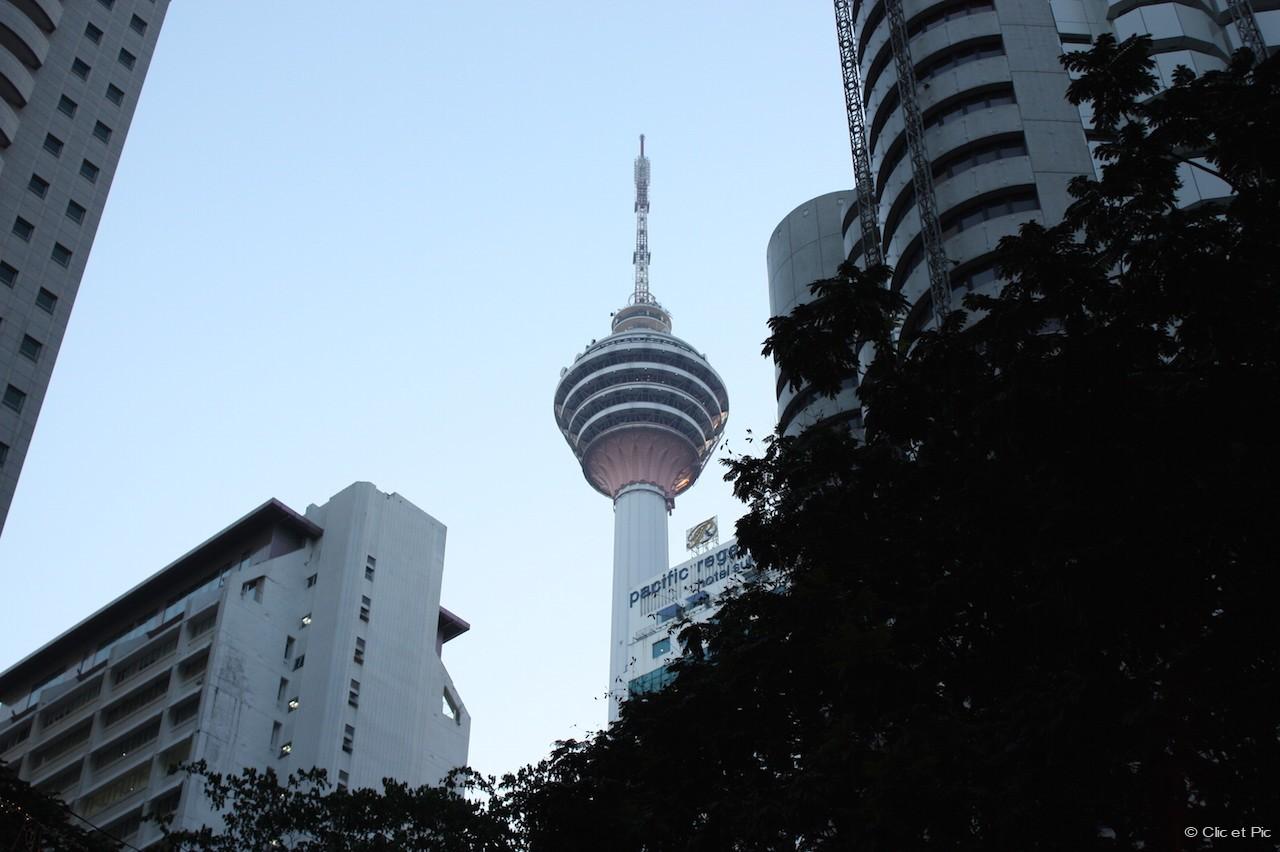 Tour KL offre une vue imprenable sur la ville - Kuala Lumpur